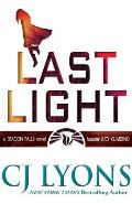 Last Light: A Beacon Falls Thriller, Featuring Lucy Guardino